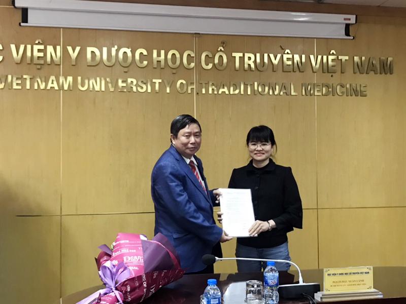 Công bố Quyết định giao nhiệm vụ Phó chủ nhiệm bộ môn Nhi