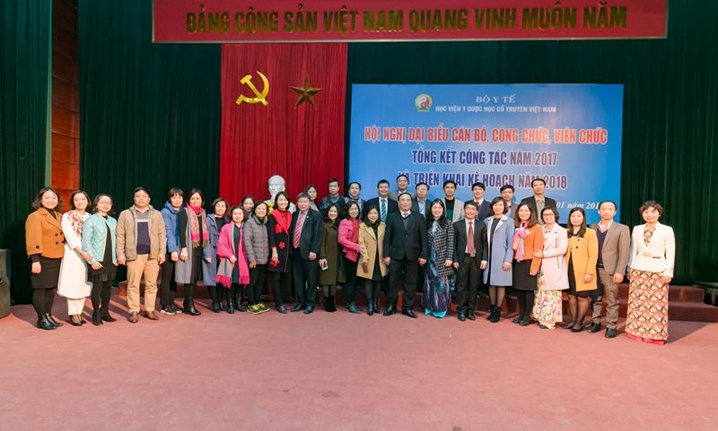 Học viện Y Dược học cổ truyền Việt Nam tổ chức Hội nghị đại biểu cán bộ, công chức, viên chức năm 2017 - Hội nghị tổng kết năm 2017 và triển khai kế hoạch năm 2018