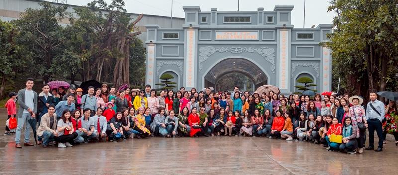 Công đoàn Học viện Y Dược học cổ truyền Việt Nam tổ chức thăm quan Bạch Đằng Giang cho chị em phụ nữ nhân ngày 8/3