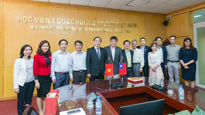 Học viện Y Dược học cổ truyền Việt Nam đón tiếp và làm việc với đoàn công tác Đài Loan