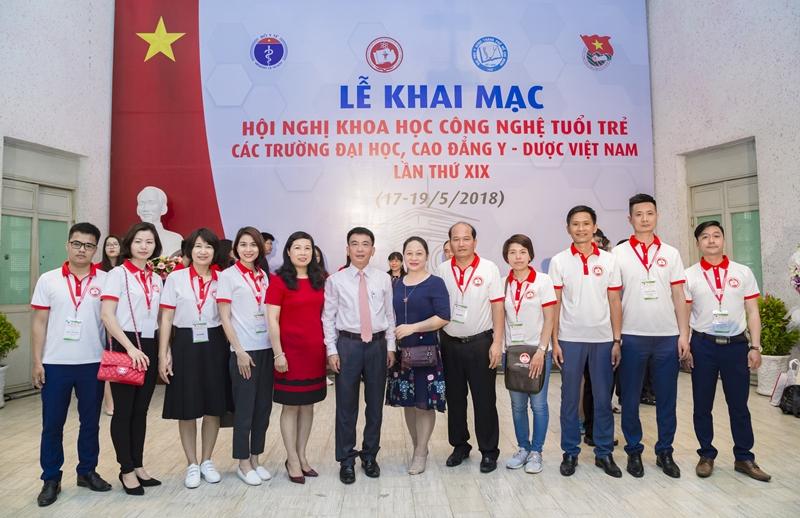 Học viện Y Dược học cổ truyền Việt Nam tham dự Hội nghị khoa học công nghệ tuổi trẻ các trường Đại học, Cao đẳng Y Dược Việt Nam Lần thứ XIX tại TP.HCM