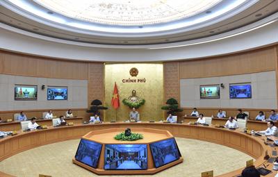 Phòng chống Covid-19: Thủ tướng: Tính toán chặt chẽ trước khi quyết định giãn cách xã hội