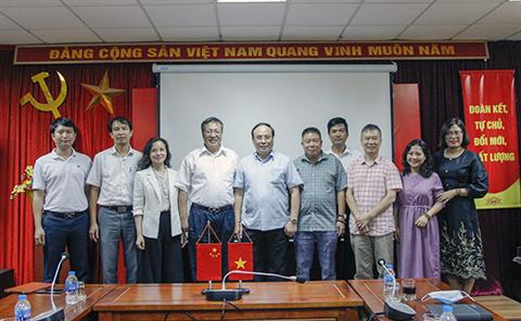 Đoàn Trung Quốc tới thăm và làm việc tại Học viện