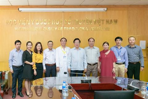 Học viện Y Dược học cổ truyền Việt Nam hợp tác đào tạo nhân lực chăm sóc sức khỏe cho nhân dân