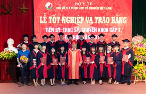 Học viện YDHCT VN tổ chức Lễ tốt nghiệp và trao bằng Sau đại học năm 2019